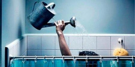 Чтобы не остаться без воды в самый неподходящий момент, нужно заранее рассчитать свои потребности