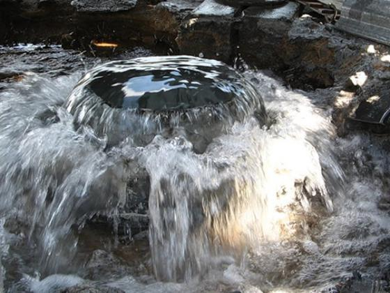 Осталась одна проблема, как остановить воду после очистки скважины
