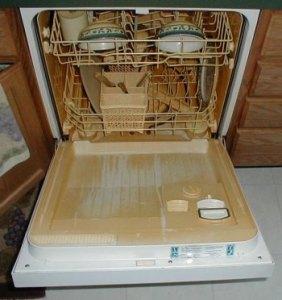 Ржавый налет в посудомоечной машине