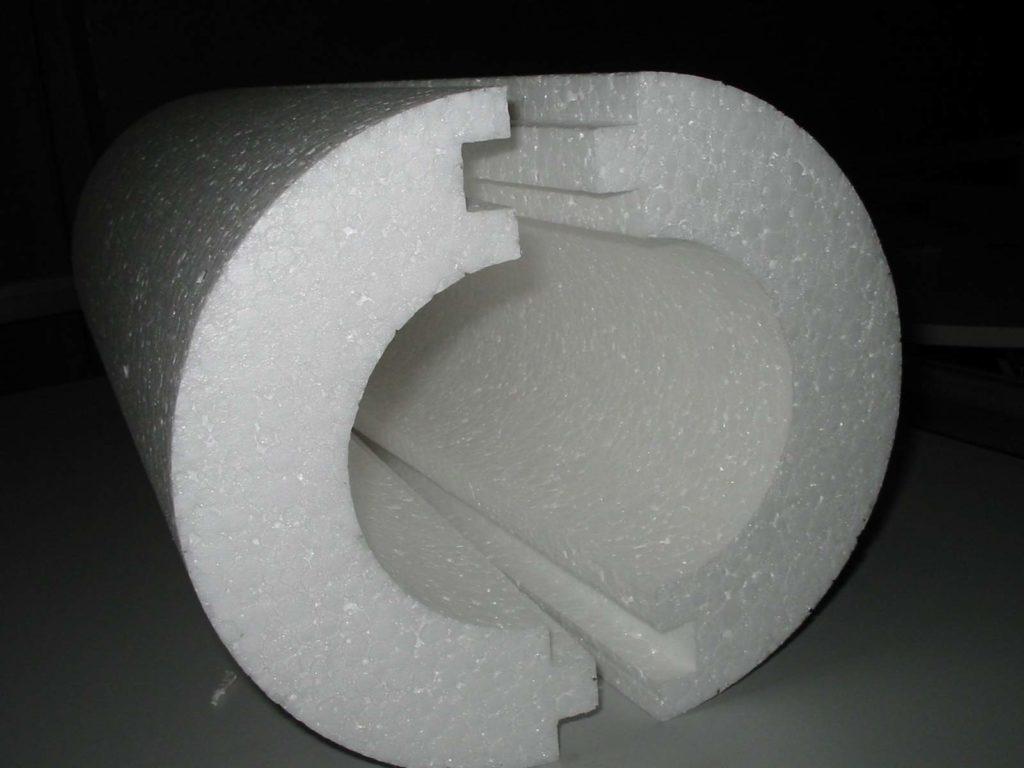 Пенопластовая скорлупа для утепления труб и колодцев