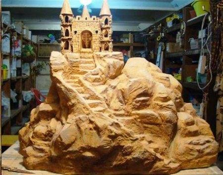 Декоративная крышка для колодца «Замок на скале»