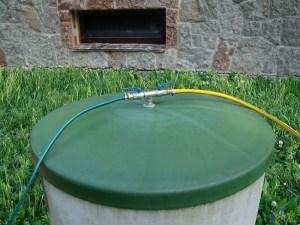 Накопительный резервуар, использующийся для полива
