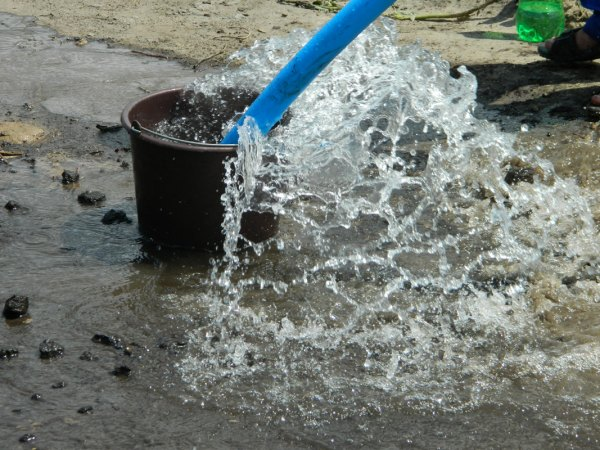 Рассчитать, сколько воды способна давать новая скважина, необходимо до её приемки в эксплуатацию