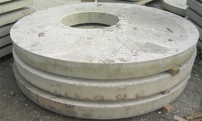Штабелирование бетонных крышек