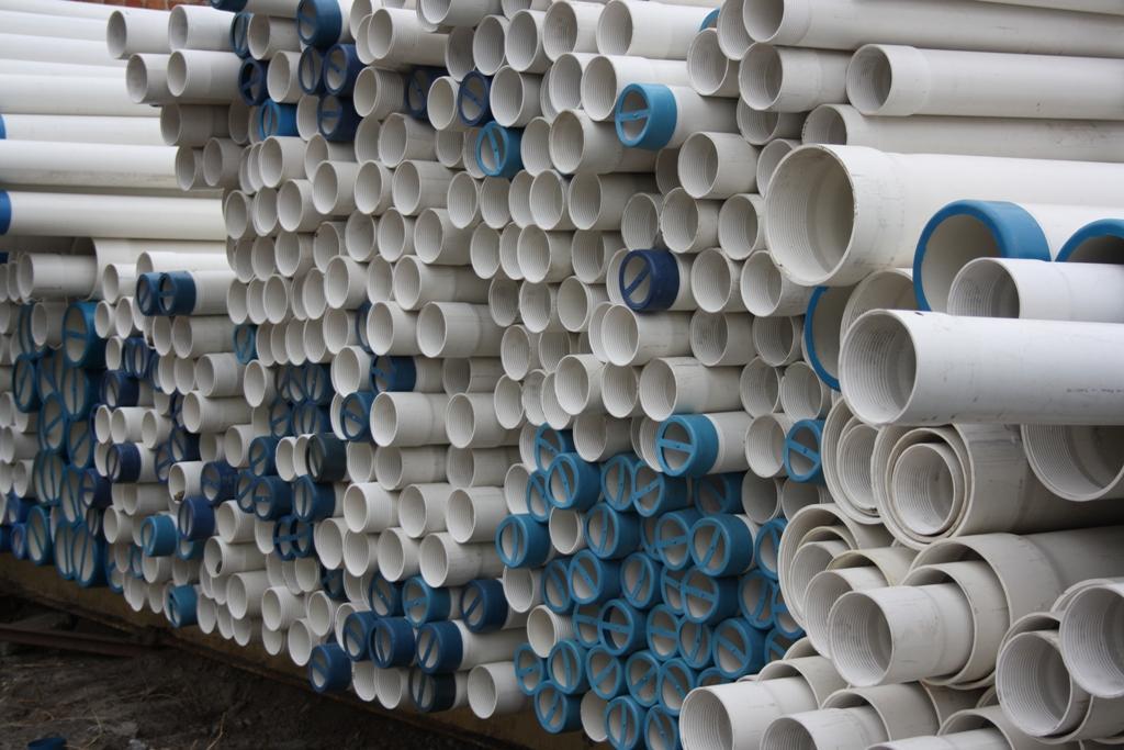 Пластиковая труба для колодца: решение многих проблем