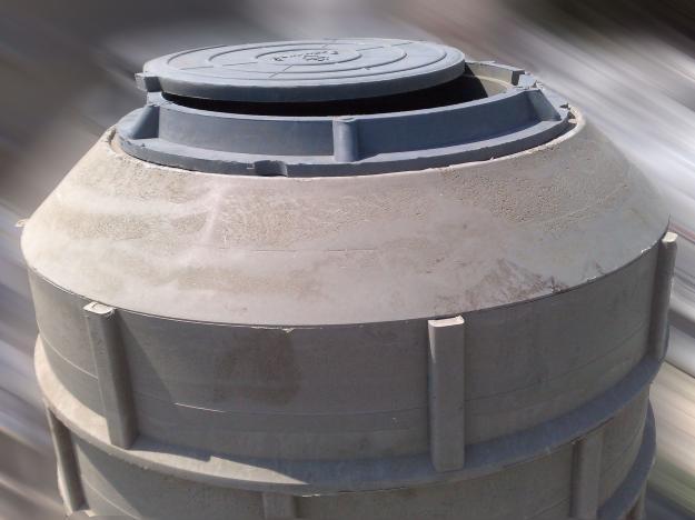 Канализационный септик из полимерпесчаных колец