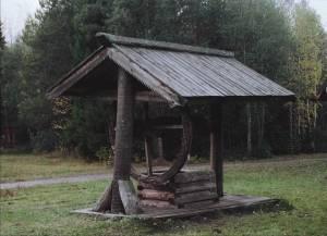Старинные колодцы