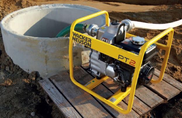 При отсутствии электросети на участке выбирайте агрегаты с бензиновым двигателем – мотопомпы