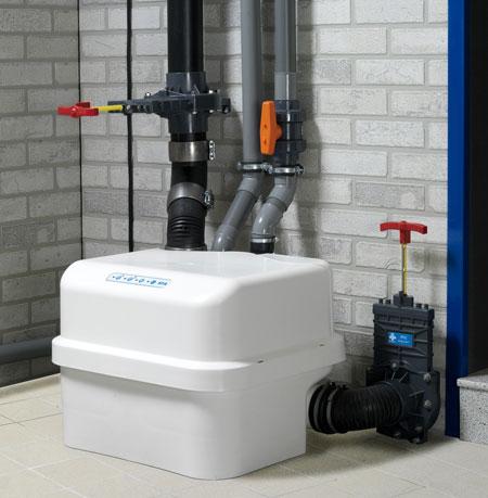 Канализационные насосные станции могут устанавливаться в подвале дома, занимают мало места и просты в обслуживании.