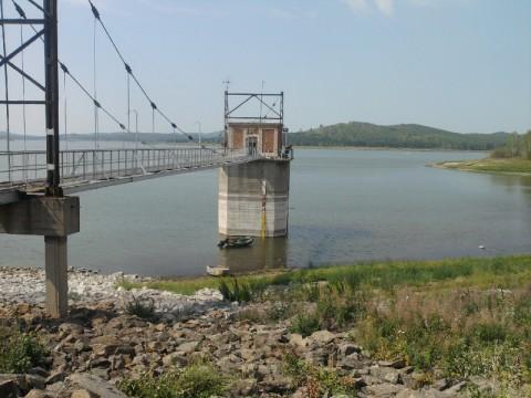Водозаборная станция на реке