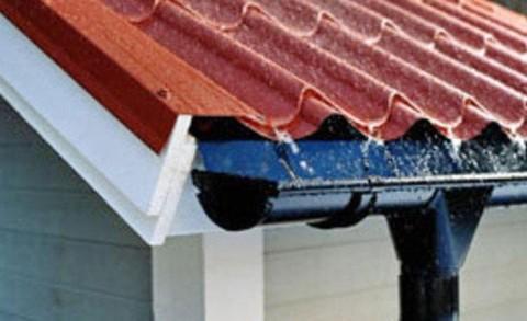 Водосбор с крыши своими руками