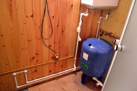 Гидроаккумулятор не в состоянии компенсировать длительное отсутствие воды в системе