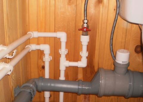 Разводка труб водоснабжения и канализации в частном доме