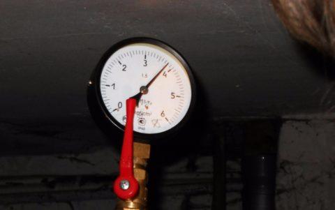 Давление на ГВС при подаче горячей воды из обратного трубопровода теплотрассы