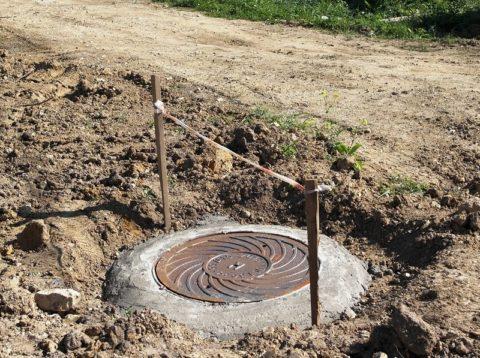 Если в вашем районе населенного пункта есть центральная канализация, дом должен быть подключен к ней