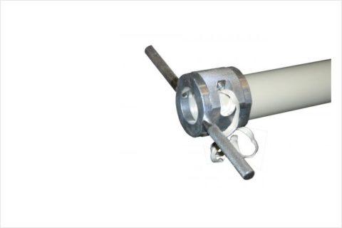 Перед сваркой соединения нужно зачистить алюминиевый армирующий слой на глубину раструба фитинга