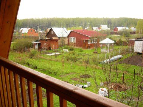 Садовое товарищество в Крыму. Вода подается по графику два раза в неделю