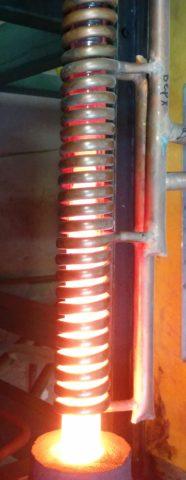 Текущие через обмотку токи разогревают ее до сравнительно высокой температуры