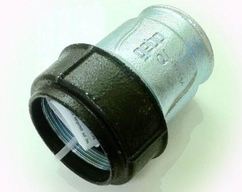Безрезьбовой фитинг для стального водопровода
