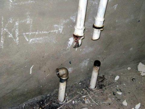 Для прекращения оплаты услуг ЦО вам нужно отрезать отопительные приборы от стояков отопления и составить с представителями жилищников акт отключения