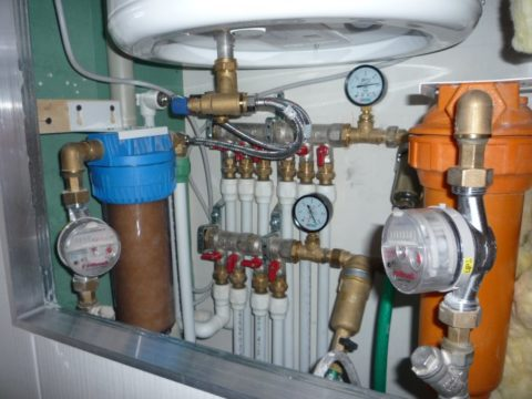 Лучевая разводка: напор на одном сантехническом приборе не зависит от водоразбора на других