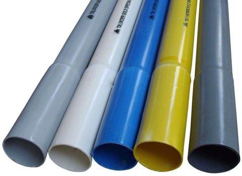 На фото — водопроводные трубы под клеевое соединение. Материал — поливинилхлорид