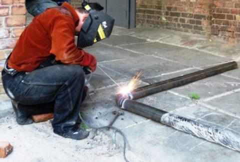 Сварка стального водопровода