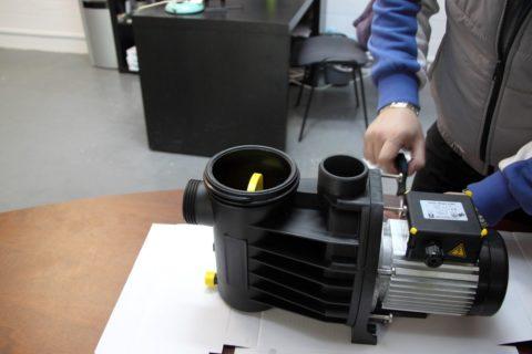 Для ремонта поверхностный насос не нужно поднимать из скважины