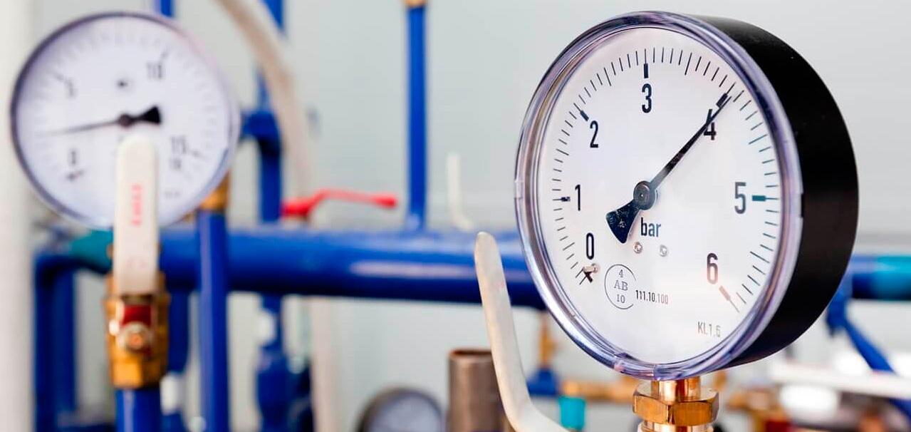Как уменьшить давление водопровода на выходе
