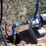 Подача воды наверх с помощью самовсасывающего насоса