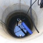 Частый вариант использования ПНД труб – подача воды из скважины