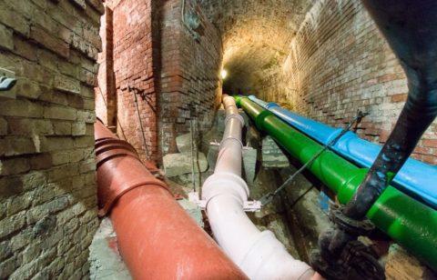 Чугунный водопровод, питающий фонтаны Петергофа