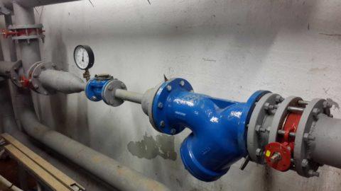 Контрольный замер давления в водомерном узле