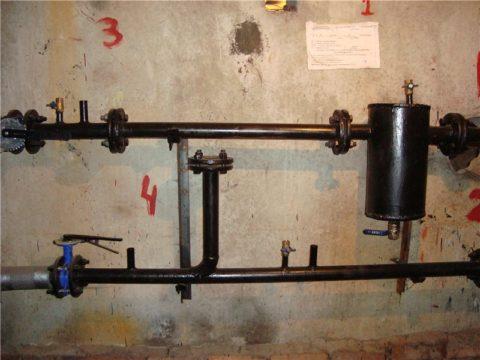 Элеватор и сопло сняты, вода из подачи теплотрассы поступает прямо в систему отопления