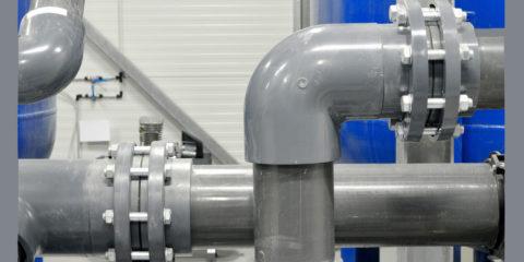 Клеевые соединения на водопроводе из ПВХ