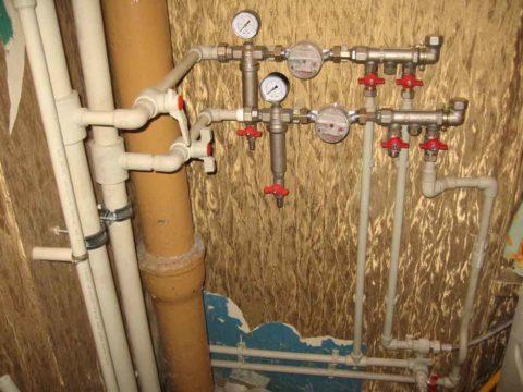 Краны на вводе воды в квартиру
