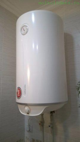 Электрический бойлер для приготовления горячей воды