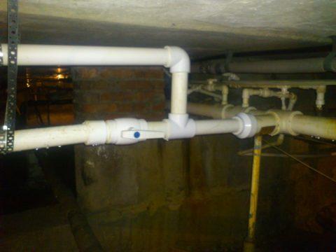 Капремонт системы водоснабжения: заменены розливы и стояки