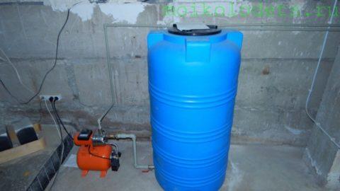 Резервная система водоснабжения в доме автора
