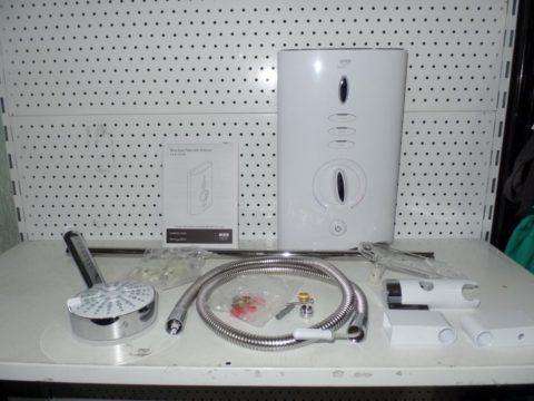 Водонагреватель электрический проточный
