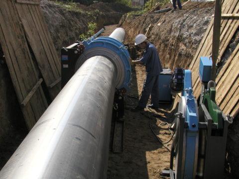 Сварка соединения полиэтиленового магистрального водопровода