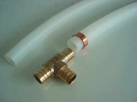 Фитинг для трубы PEX (из сшитого полиэтилена)