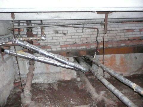 Горизонтальная разводка воды по подвалу