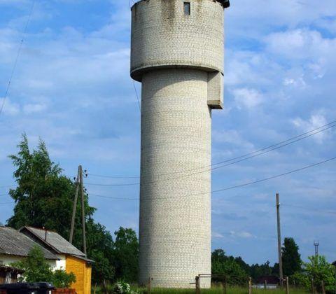 Кирпичная водонапорная башня