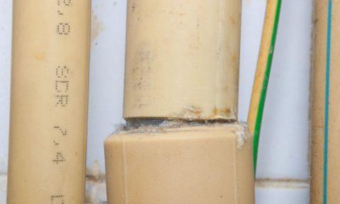 Разрушение стыка труб ГВС