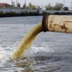 От степени загрязнения бытовыми и промышленными стоками