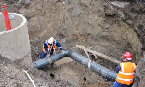 Реконструкция городского водопровода: замена старых труб на новые